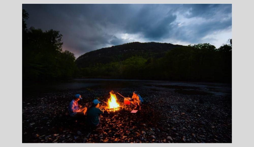 Kids_around_campfire_Stock_2020.jpg