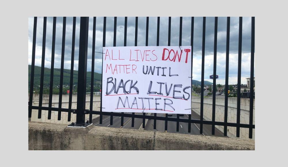 Black Lives Matter sign _ 2020