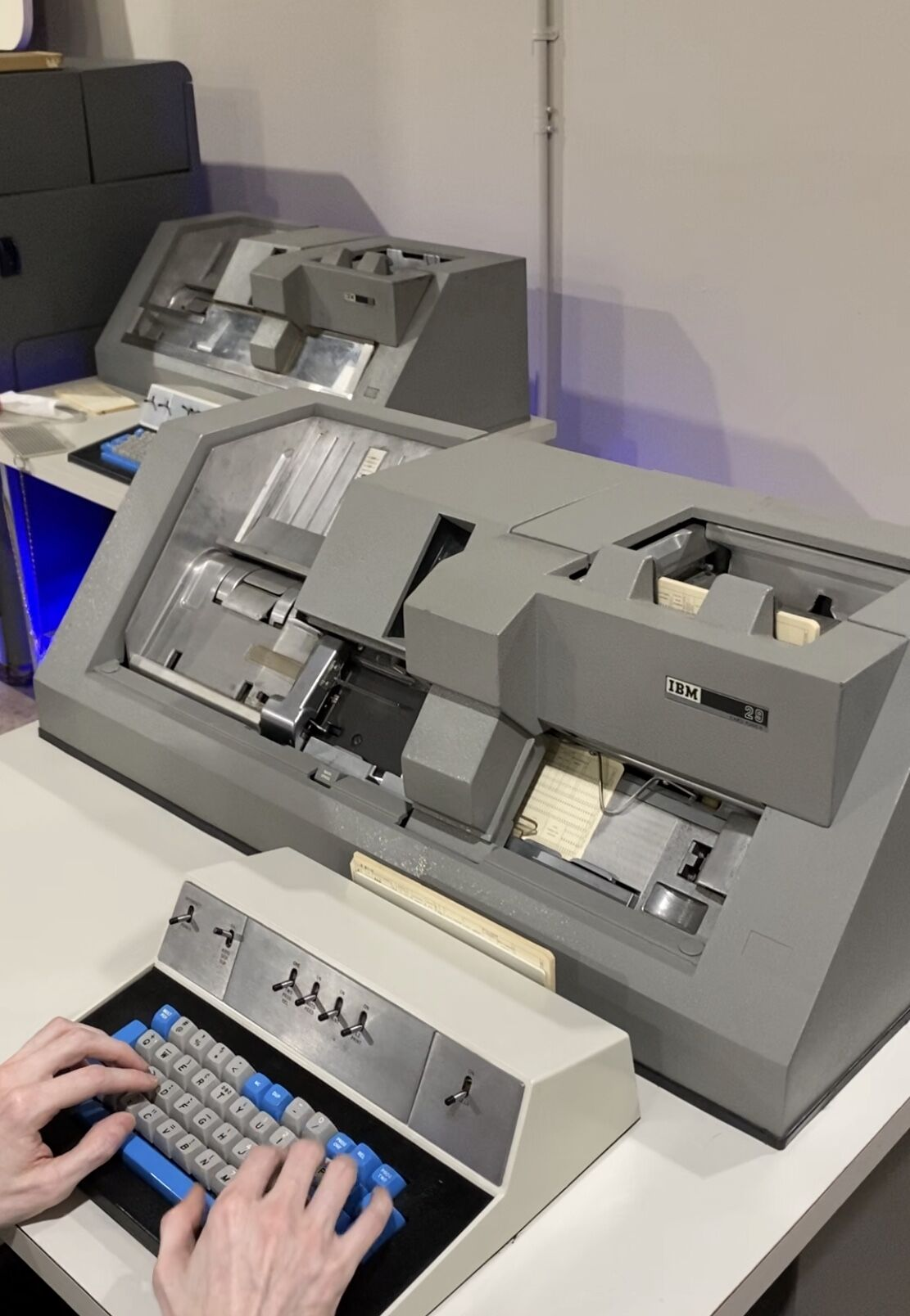 A working IBM Punchcard machine.