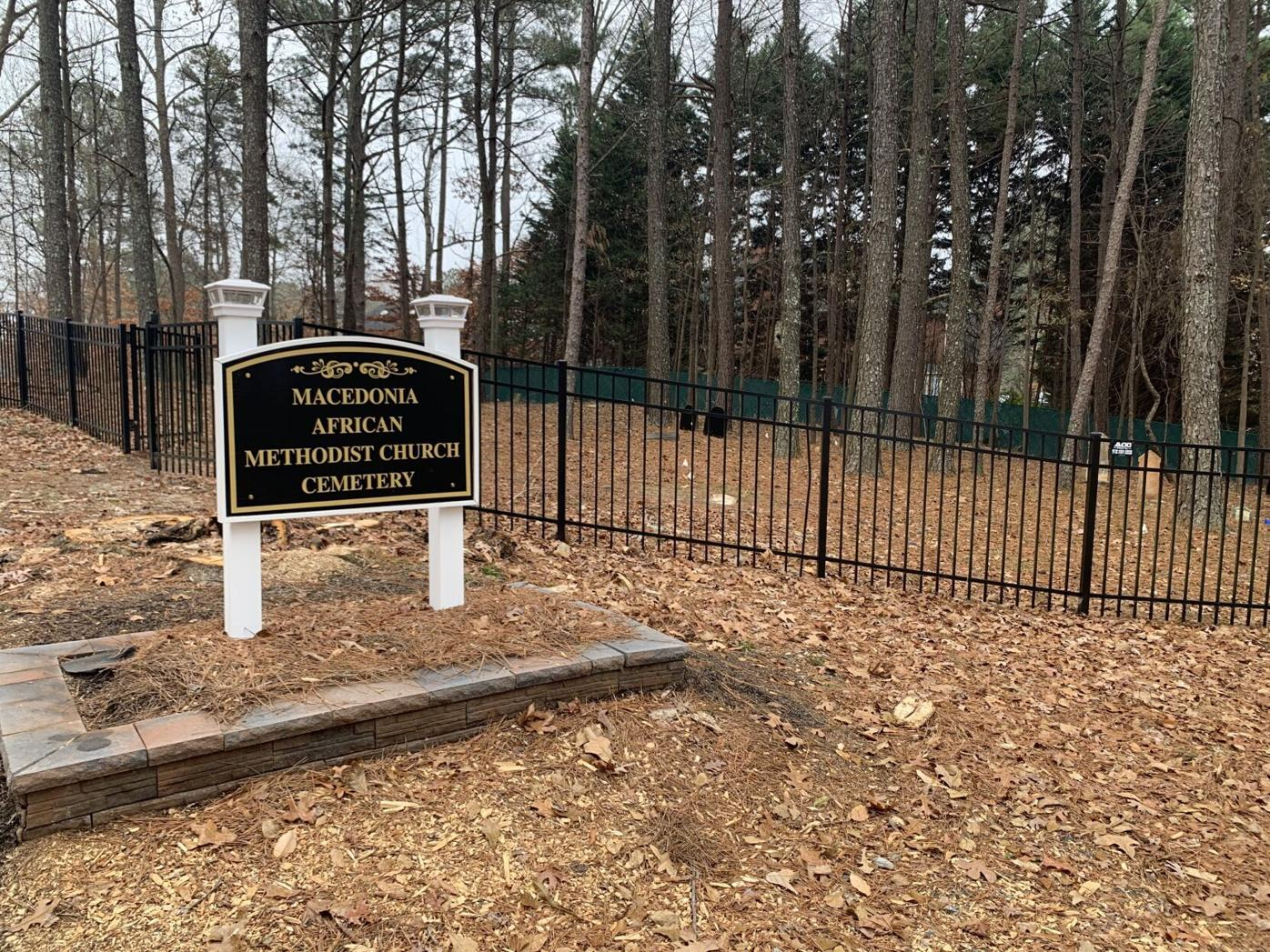 Student service groups focus on historic cemetery