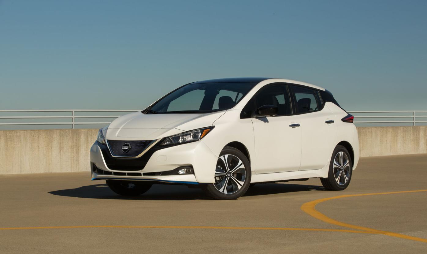 2020 Nissan Nissan LEAF SV Plus-2-source.jpg