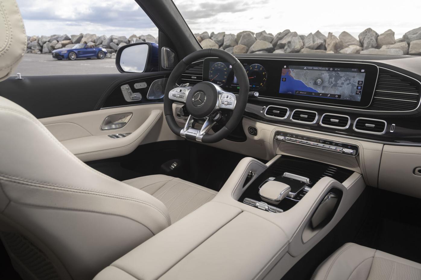 Mercedes-AMG GLE 63 S (36)-source.jpg