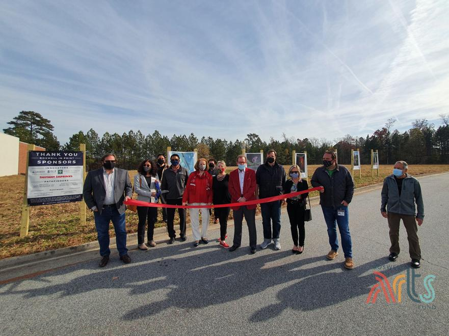 Roswell In Print ribbon cutting