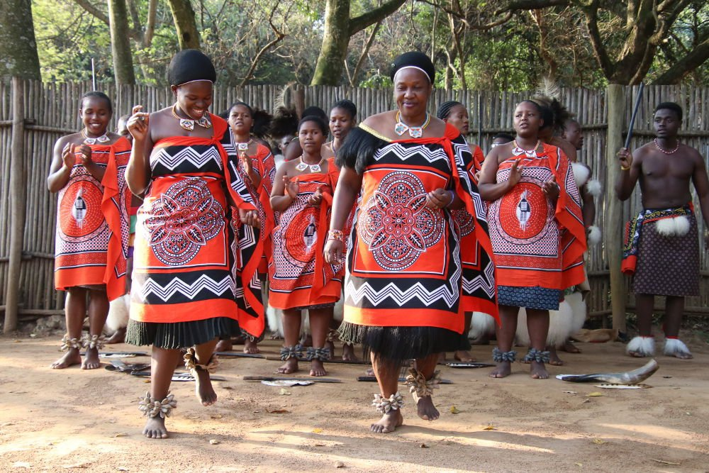 Traditional dances in Eswatini by Marisa Meisters