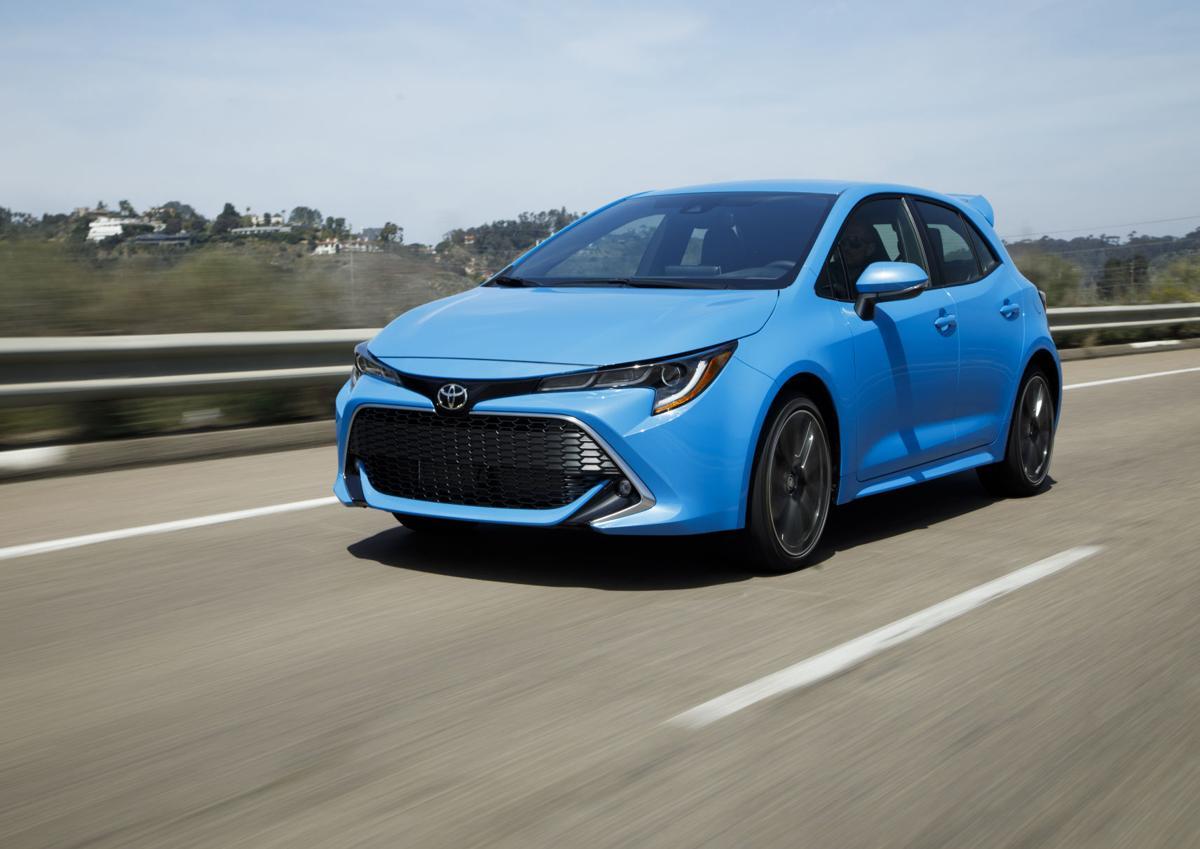 2019_Toyota_Corolla_Hatchback_003_2AA6E4B3409FB3B9FE48B09E67DA23689FACBF39.jpg