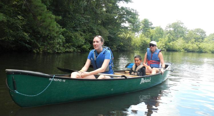 Family Canoe Day - Select Saturdays in September and October