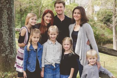 Raising Mommy - Episode 25: Brandee Bratcher and Homeschooling