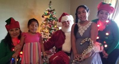 Forsyth Sisters Santa