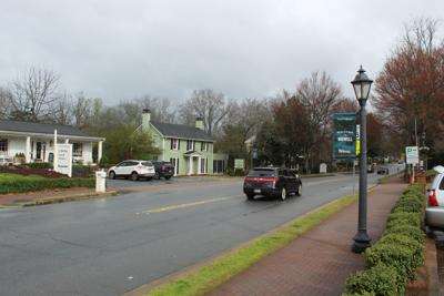 Roswell passes master plan to preserve Historic District