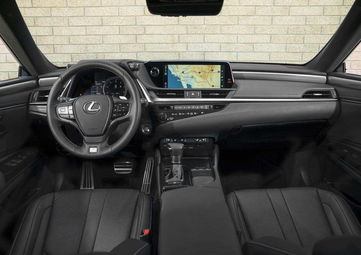 2019_Lexus_ES_014_576C4AA26B3F036ED1A65EA5E434582E60EADB90.jpg