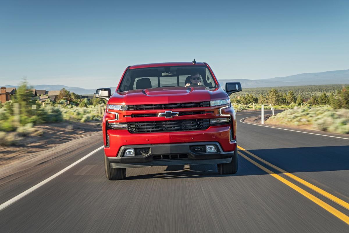 2020-Chevrolet-Silverado-Diesel-098.jpg