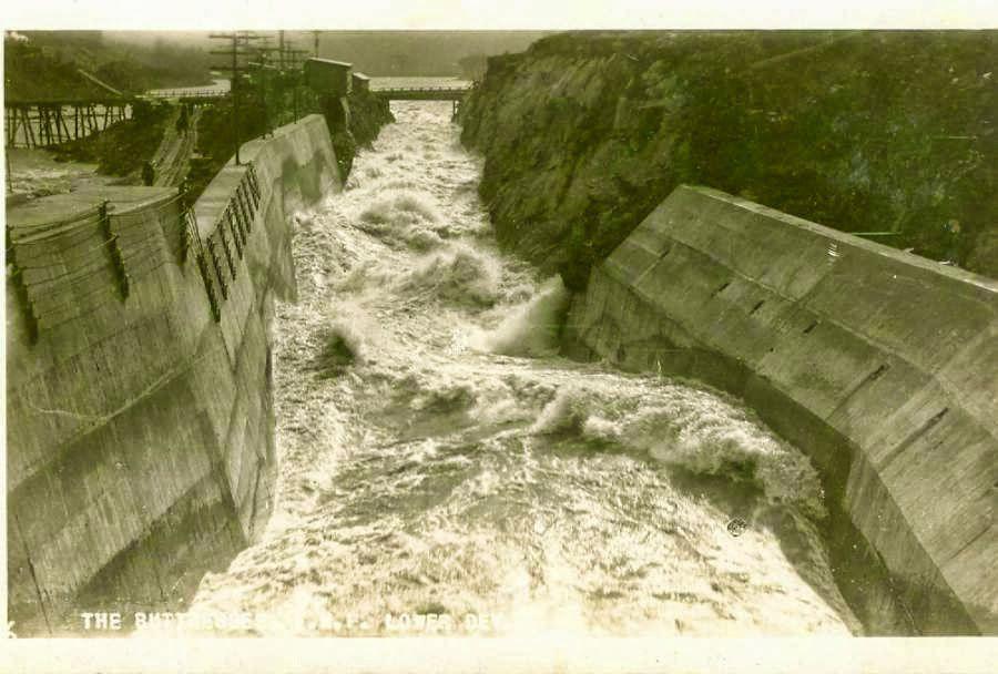 Barnet 15-mile-falls-1930-the-buttresses.jpg