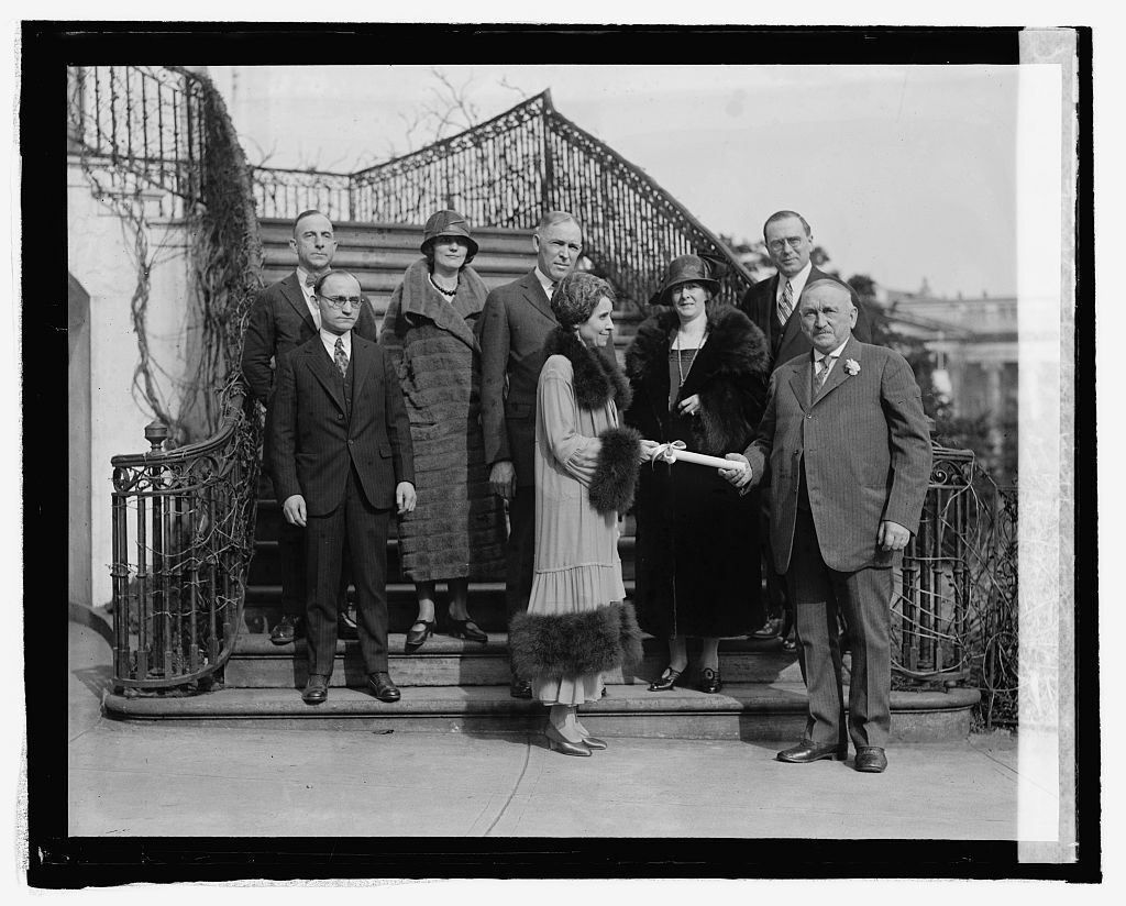 Fur dealers of Vermont present Mrs. Coolidge with coat (3925) LOC National Photo Company Collection.jpg