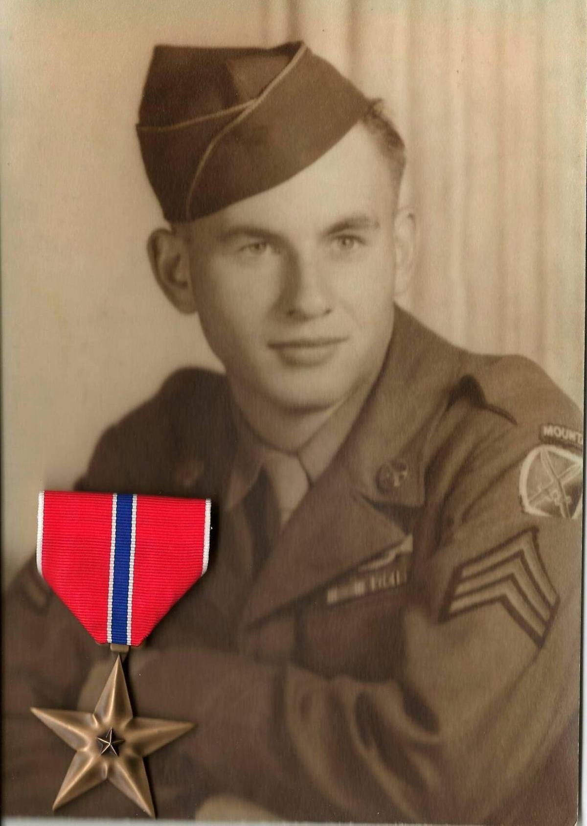 Bruce Wakefield in uniform.jpg