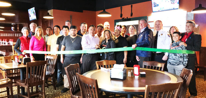 Guacamoles Bar & Grill holds ribbon cutting; serving authentic Mexican dishes on Outlet Center Drive