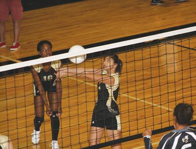 Guzman volleys