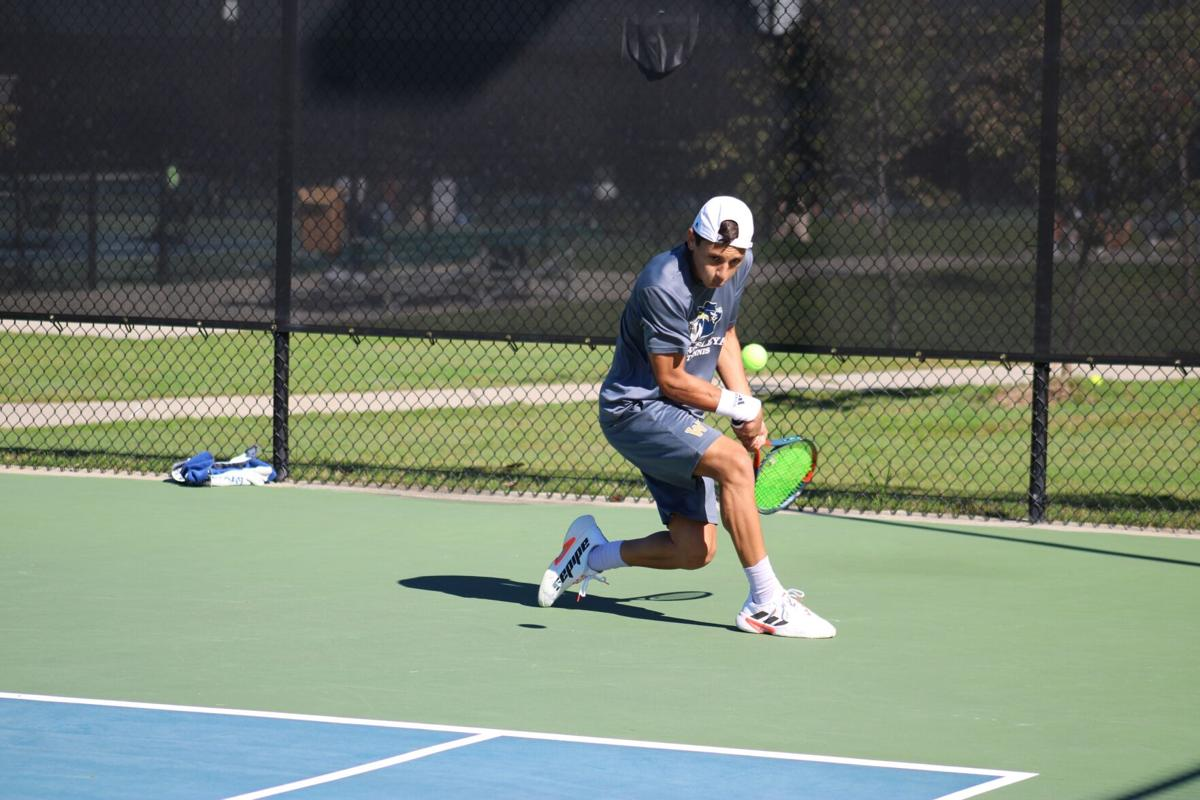 092521_RNT_Tennis1.JPG