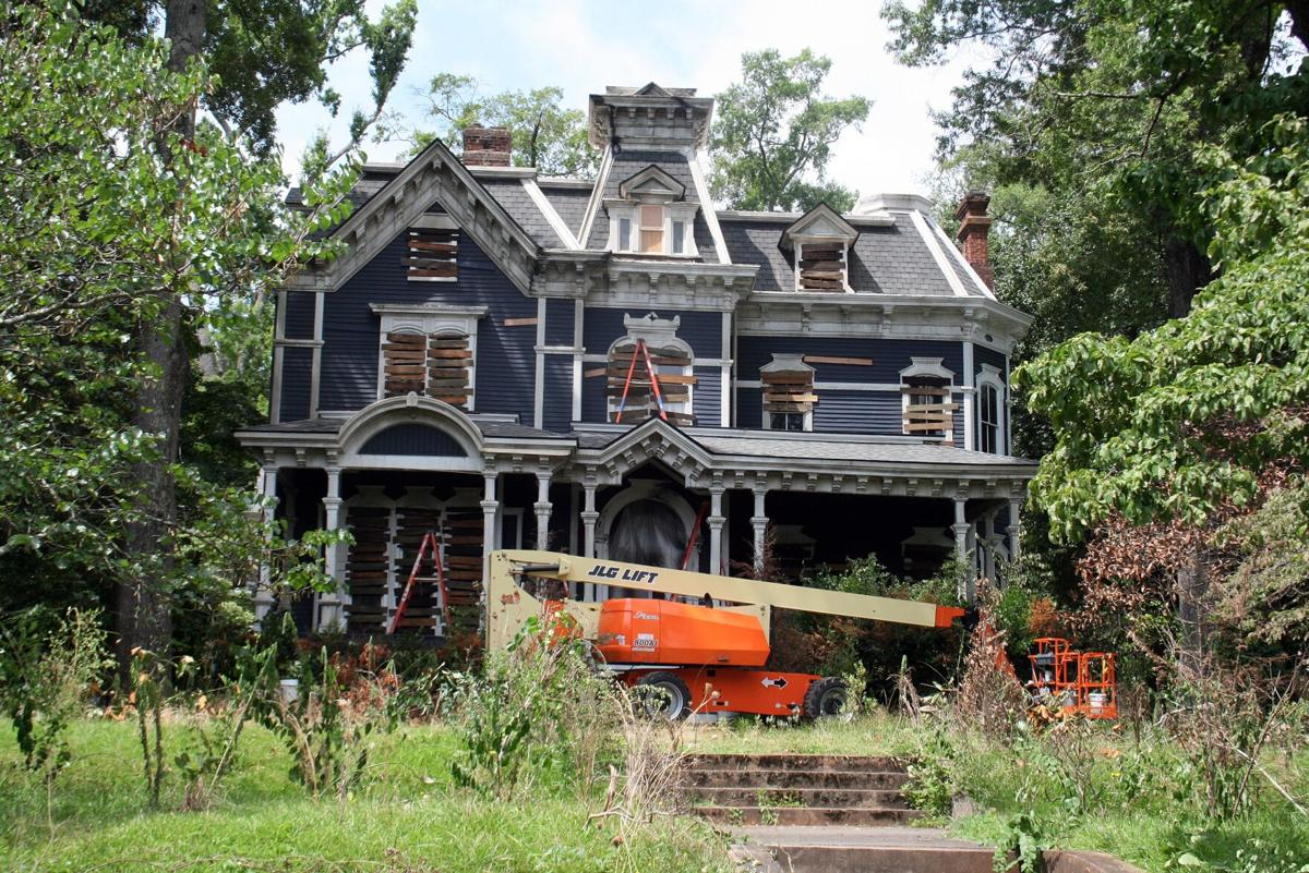 Filming to begin again at historic Second Avenue home, previous location for 'Stranger Things' shoot