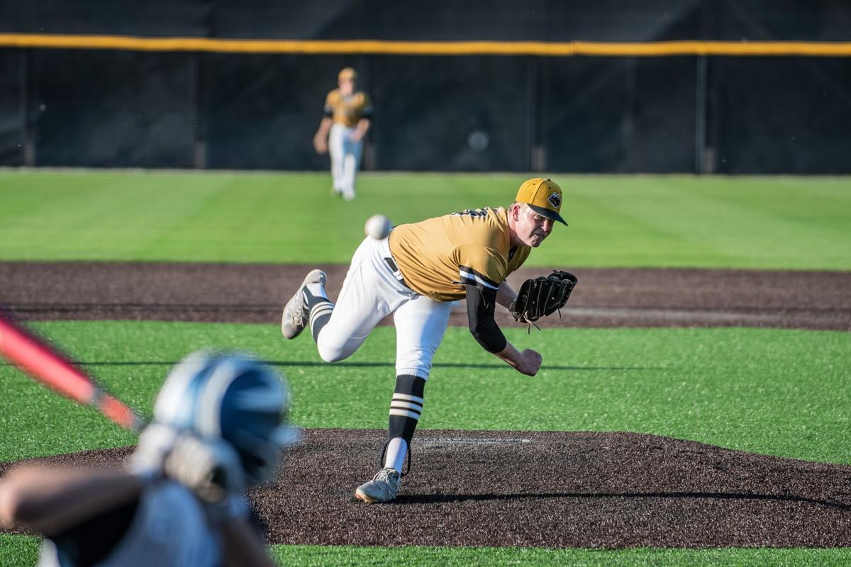 Pace Academy Knights sweep Yellow Jackets