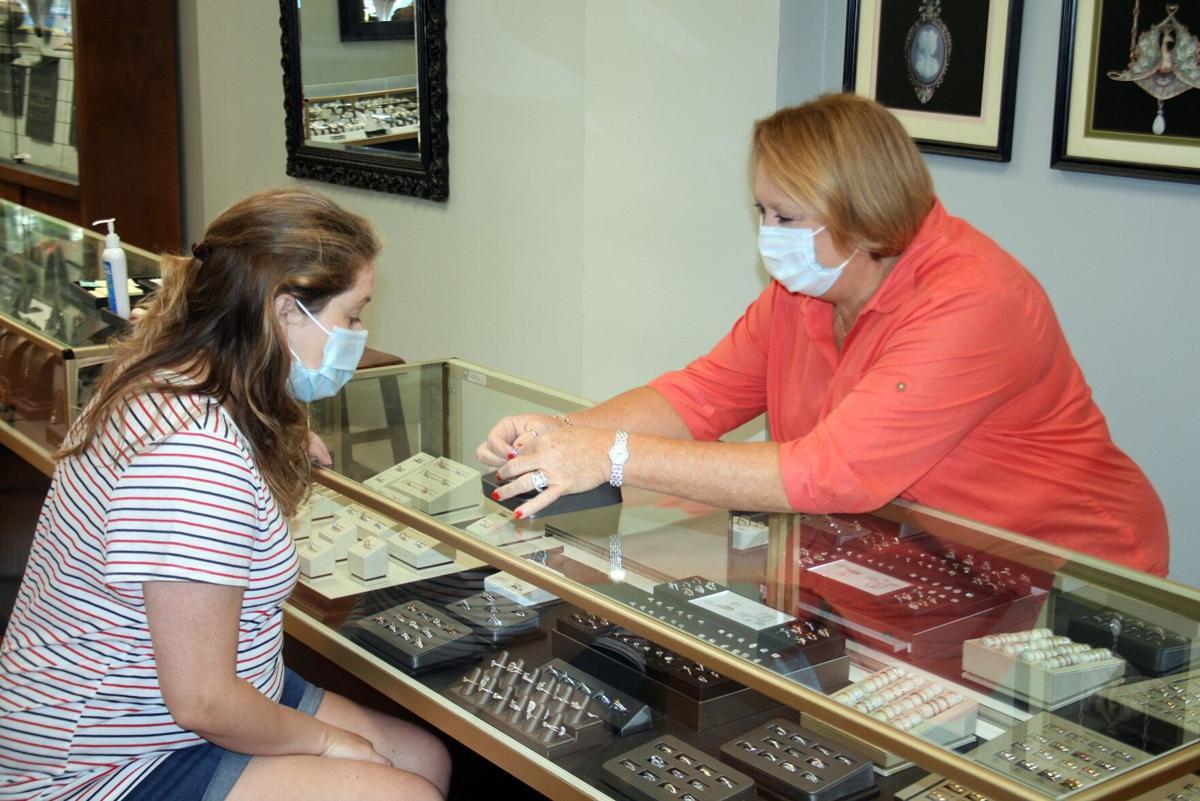 Abercrombie shows jewelry