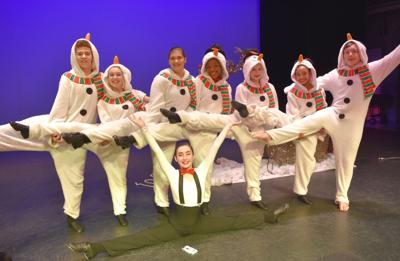 snowmen dancers