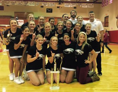 Coosa cheerleading team