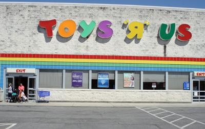 Toys R Us To Close Doors In Rome No Timeline Given Business