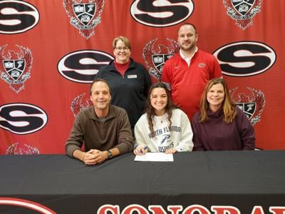 Sonoraville senior Averi Walraven signs with North Florida Ospreys