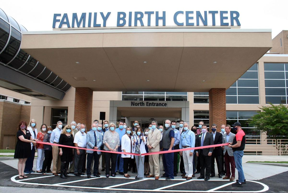 Floyd Medical Center officials celebrate dedicated Family Birth Center entrance