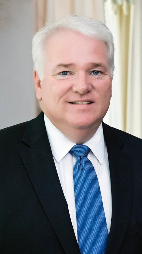 Freeman Harris Funeral Home welcomes Ken Duncan to staff