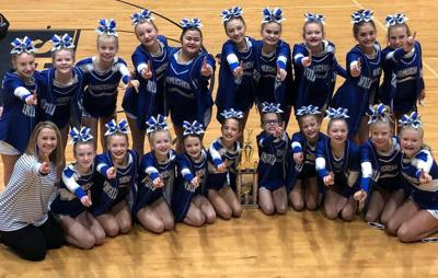 Armuchee Middle School competition cheerleaders