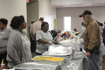 Stocks family serves up 10th Thanksgiving meal in Rockmart
