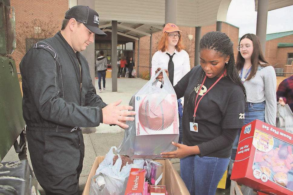 RMS students donate Toys for Tots