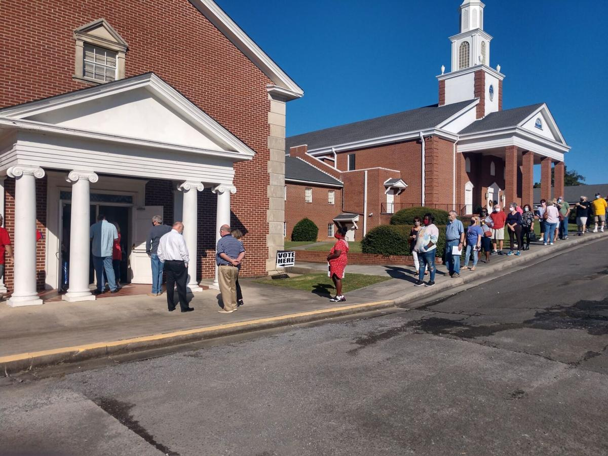 Voting lines at Garden Lakes Baptist Church