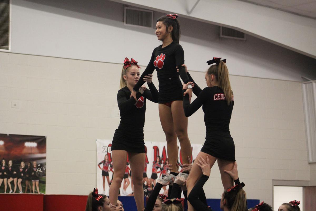 Lady Bulldogs Cheer Exhibition