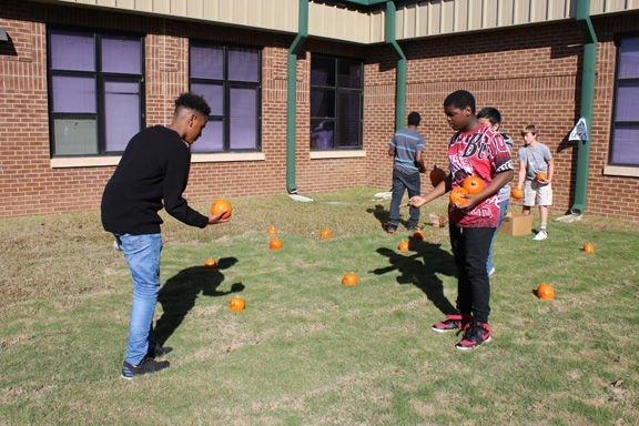 Rome Middle School celebrates fall with a carnival
