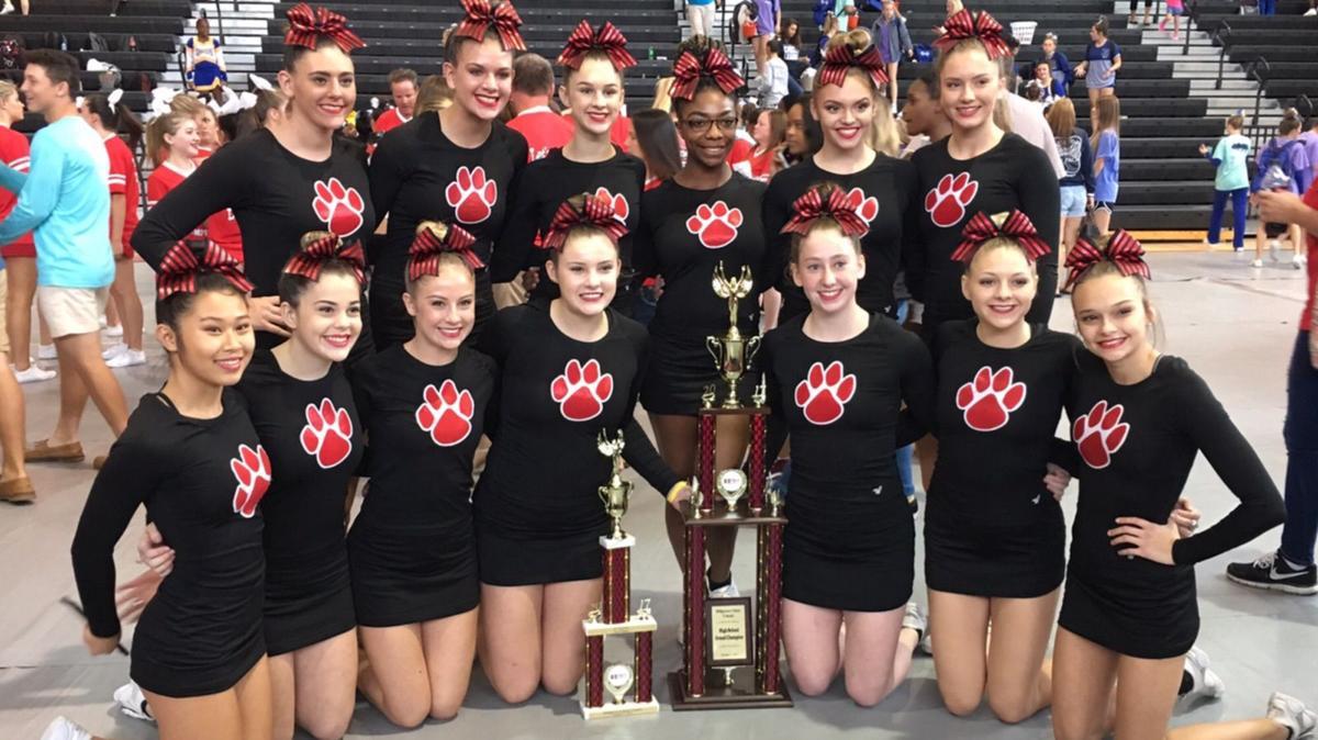 Cedartown Cheerleader grand champions at Hillgrove