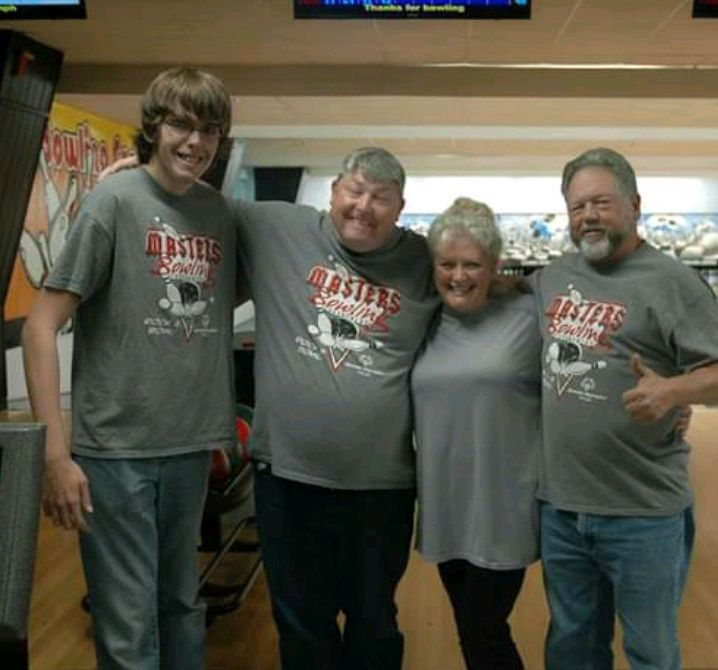 Baines gives back following bowling tournament