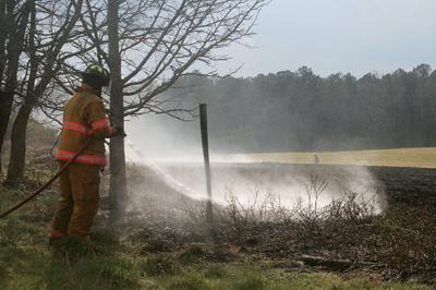 Grass fire at Berry