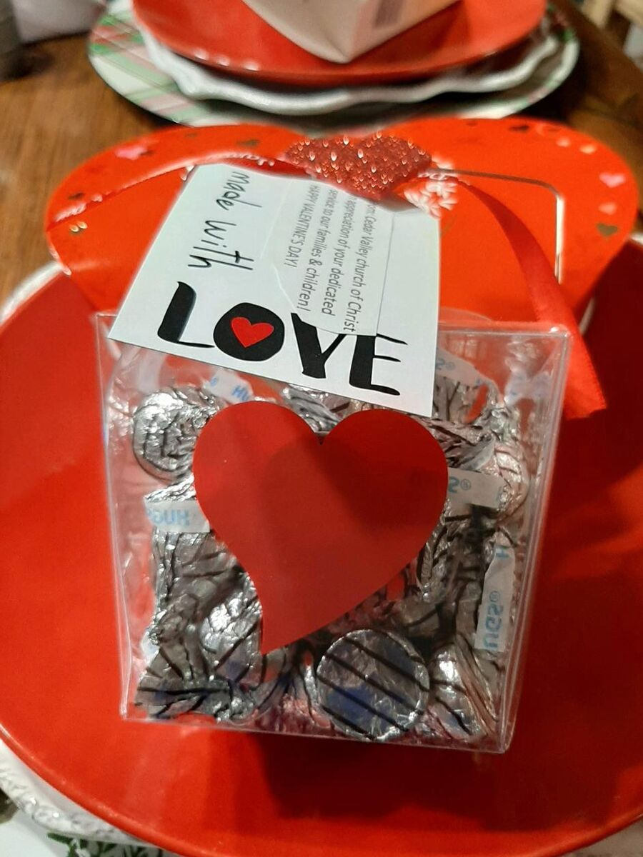 Church continues tradition of spreading love for Valentine's Day