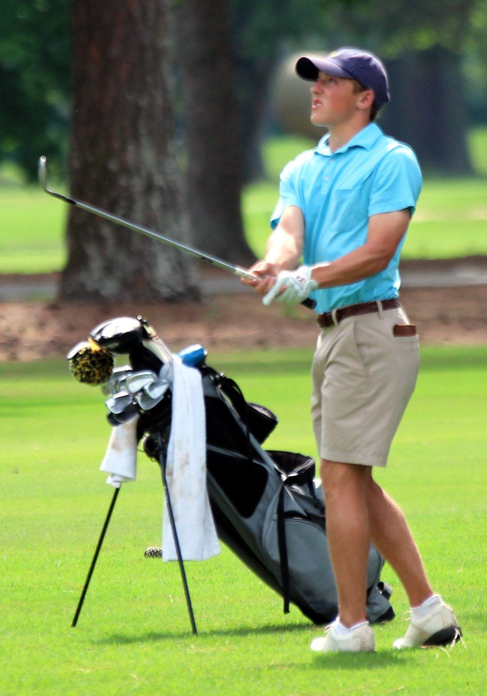 050519_RNT_Golf2.jpg