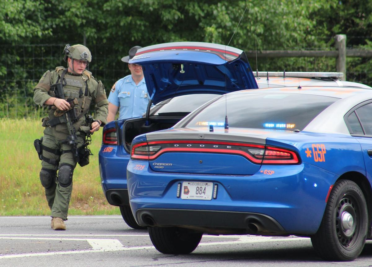 Tennessee man arrested after police standoff at Calhoun motel