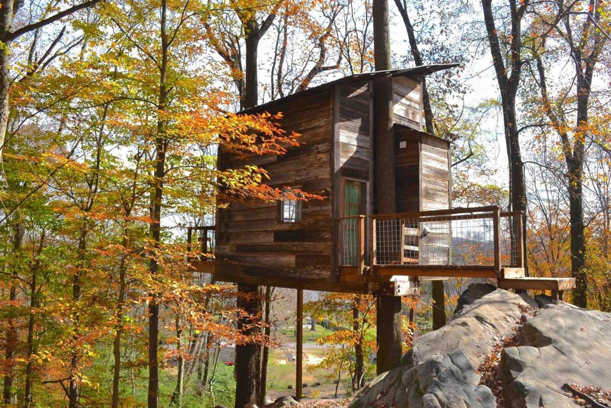 Treetop Hideaways tree house