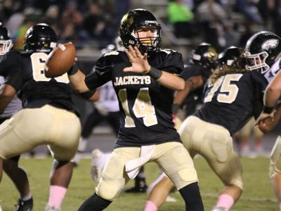 Prep Football Bailey Leads Rockmart To Dominant Playoff Win High