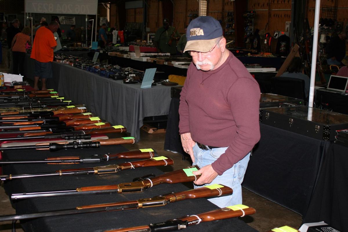 Gun show continues at fairground