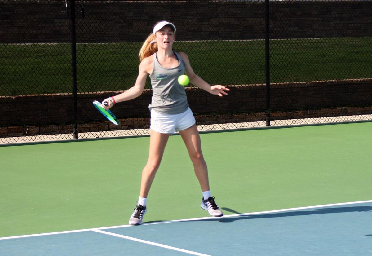 081119_RNT_Tennis1.jpg