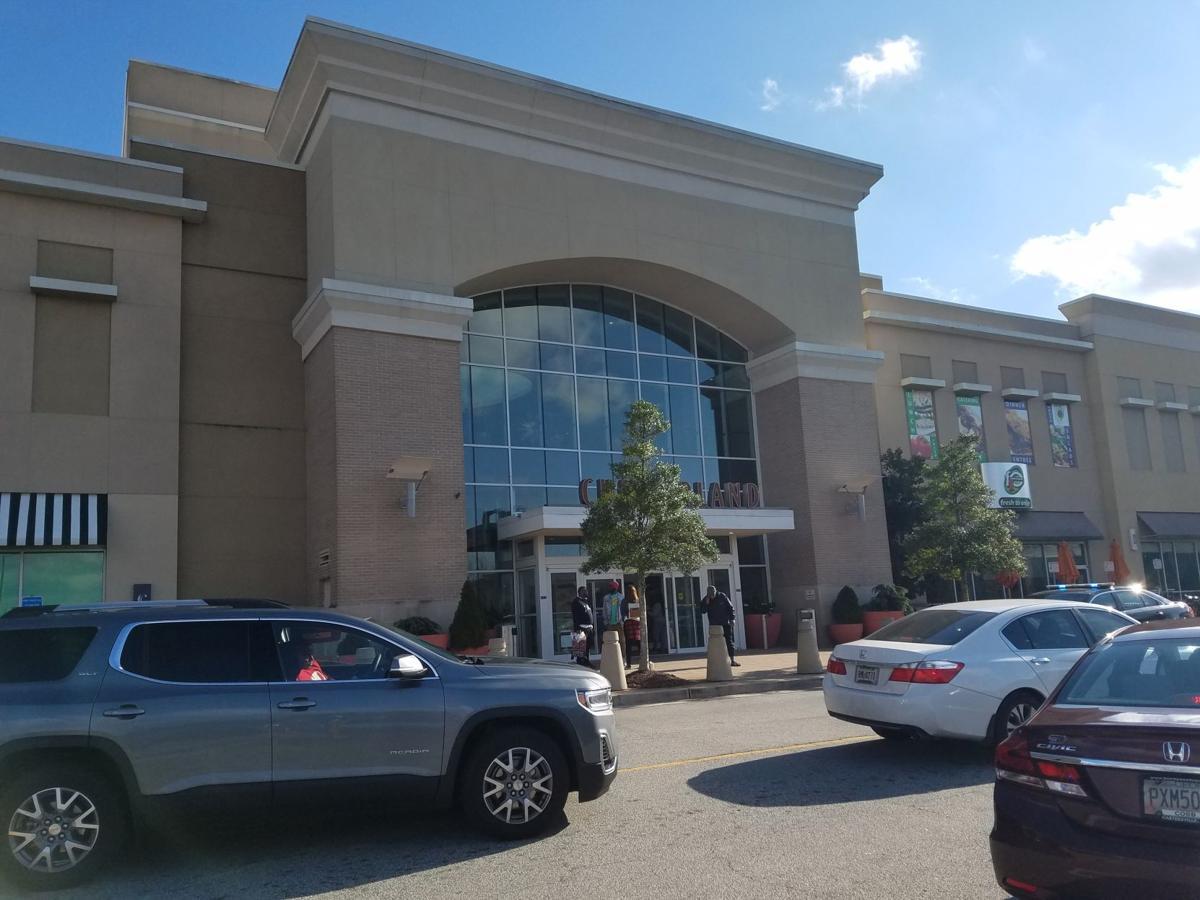 cumberland mall - photo #3