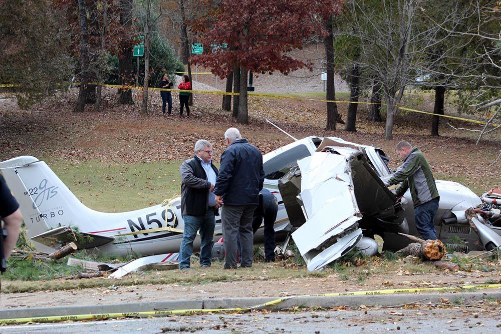 Plane crash aftermath 001.jpg