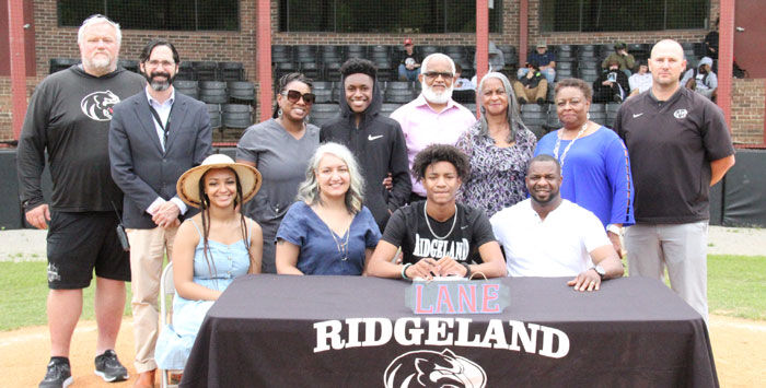 Nate Davis signs with Lane College