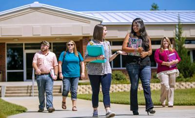 The University of Georgia Tifton Campus will hold its fall commencement ceremonies on Saturday, Dec. 10
